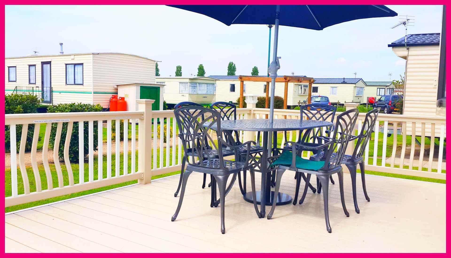 Caravan 370 Table on Veranda