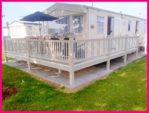 Skegness Caravan Hire Holiday Homes- Mobile Home with Veranda